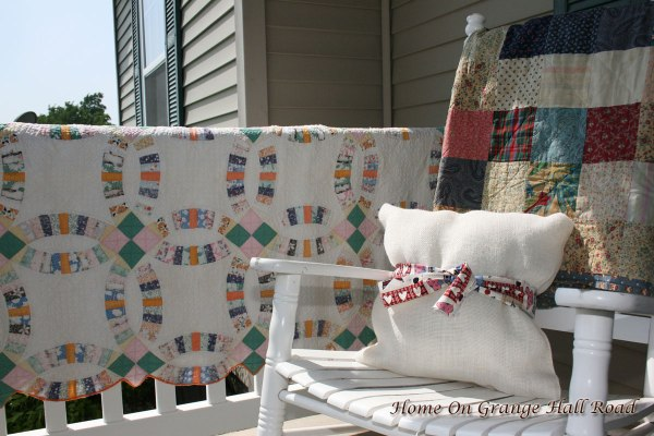 left-chair-and-rail-quilt