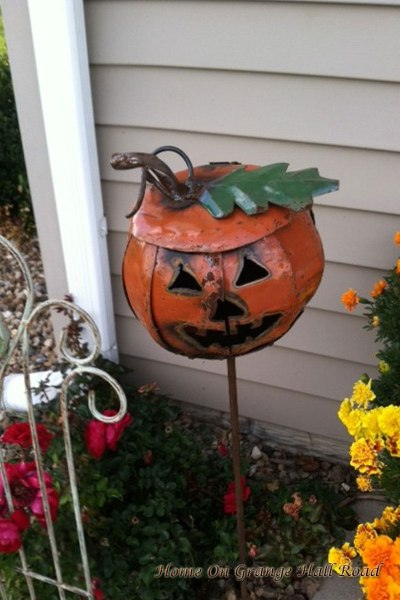 metal-pumpkin